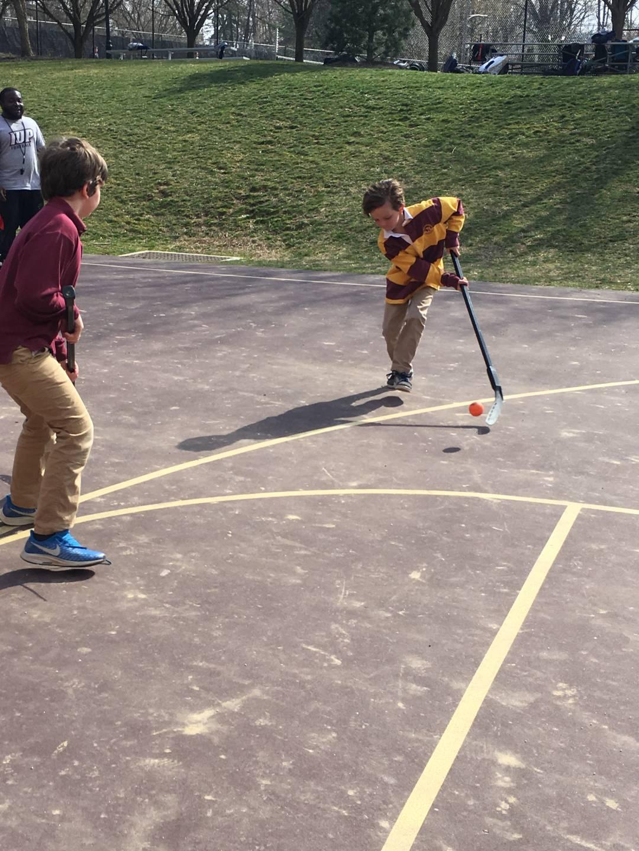 Spring 2019: Floor Hockey! - Haverford ProgramsHaverford